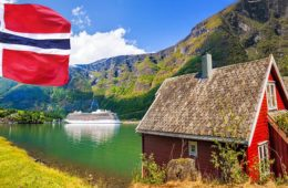 Norge-flagg-fjell-hytte